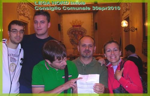 LEGA NORD Imola al cons.comunale_30apr2010_n1_c-scritta.jpg