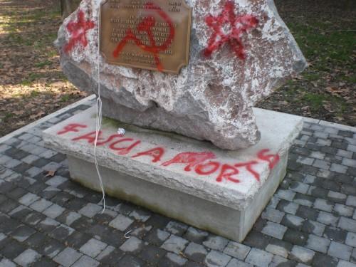 VENEZIA_10febb2010_monumento_villipeso_ft1.JPG